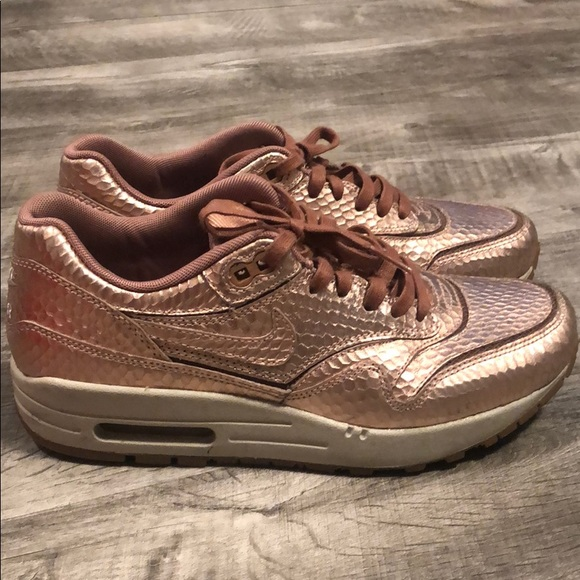 Nike Shoes - Women's Nike Air Max 1 Premium Rose Gold